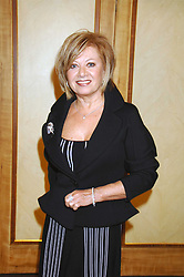 ELAINE PAIGE at a tribute lunch for Elaine Paige hosted by the Lady Taverners at The Dorchester, Park Lane, London on 13th November 2007.<br /><br />NON EXCLUSIVE - WORLD RIGHTS