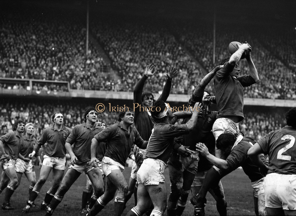19/03/1977<br />