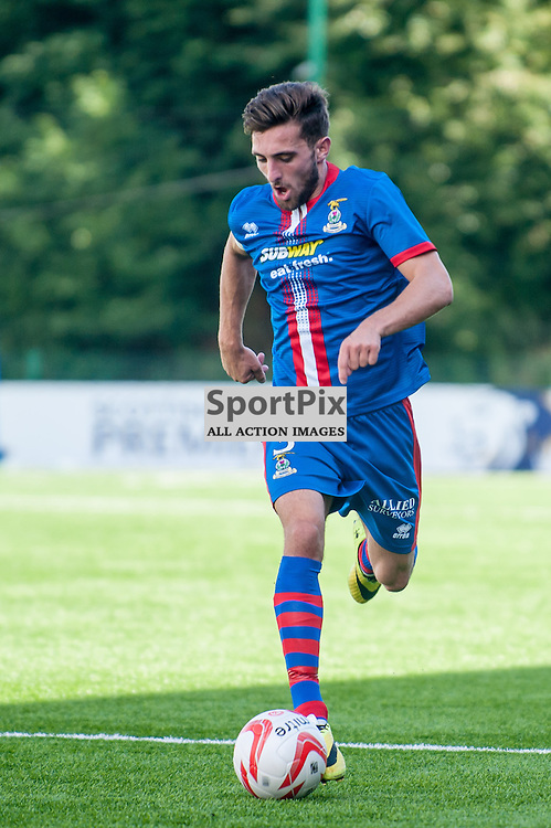 Inverness' Graeme Shinnie in action during the Hamilton Accies v Inverness Caledonian Thistle game in the Scottish Premiership at New Douglas Park in Hamilton, 9 August 2014. (c) Paul J Roberts / Sportpix.org.uk