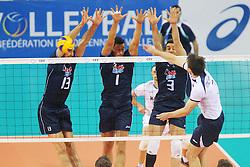 IL MURO A TRE DELL'ITALIA.ITALIA - SLOVACCHIA.PALLAVOLO TORNEO QUALIFICAZIONE OLIMPICA VOLLEY 2012.SOFIA (BULGARIA) 11-05-2012.FOTO GALBIATI - RUBIN