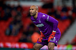 STOKE-ON-TRENT, ENGLAND - Wednesday, November 29, 2017: Stoke City's goalkeeper Lee Grant during the FA Premier League match between Stoke City and Liverpool at the  Bet365 Stadium. (Pic by David Rawcliffe/Propaganda)