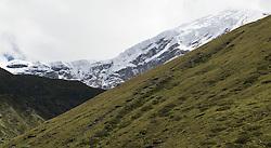 THEMENBILD - Trekkingtour in Nepal um die Annapurna Gebirgskette im Himalaya Gebirge. Das Bild wurde im Zuge einer 210 Kilometer langen Wanderung im Annapurna Gebiet zwischen 01. September 2012 und 15. September 2012 aufgenommen. im Bild Seracs des 6419 m hohen Chulu West Peak // THEME IMAGE FEATURE - Trekking in Nepal around Annapurna massif at himalaya mountain range. The image was taken between september 1. 2012 and september 15. 2012. Picture shows Seracs of 6419 m high Chulu West Peak, NEP, EXPA Pictures © 2012, PhotoCredit: EXPA/ M. Gruber