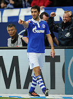 FUSSBALL   1. BUNDESLIGA   SAISON 2011/2012   29. SPIELTAG FC Schalke 04 - Hannover 96                                08.04.2012 Torjubel: Raul (FC Schalke 04)