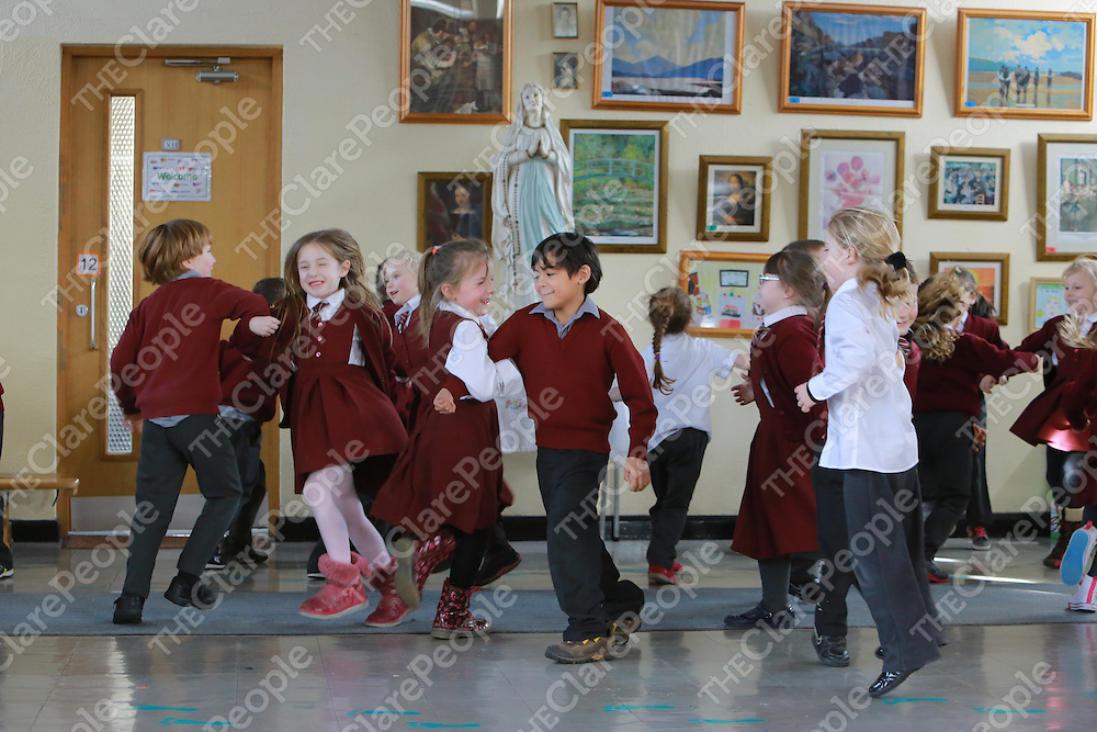 Student from  St Senan&Otilde;s  National School Kilrush Co. Clare rehearsing for Seachtain na Gaelige.<br /> Picture  Credit Brian Gavin Press 22<br /> Student from  St Senan&rsquo;s  National School Kilrush Co. Clare rehearsing for Seachtain na Gaelige.<br /> Picture  Credit Brian Gavin Press 22