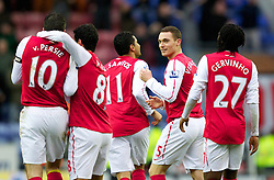 03.12.2011, DW Stadium, Wigan, ENG, Premier League, Wigan Athletic vs FC Arsenal, 14. Spieltag, im Bild Arsenal's Thomas Vermaelen celebrates scoring the second goal against Wigan Athletic with team-mates // during the football match of english Premier League, 14th round between Wigan Athletic an FC Arsenal at DW Stadium, Wigan, ENG on 2011/12/03. EXPA Pictures © 2011, PhotoCredit: EXPA/ Sportida/ David Rawcliff..***** ATTENTION - OUT OF ENG, GBR, UK *****