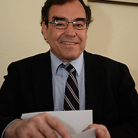 Toluca, México.- Eduardo del Castillo, Director General CODICE, en conferencia de prensa informo que se realizo un monitorio acerca del cumplimiento de la Ley 100% Libre de Humo de Tabaco en establecimientos del Edomex, y 30 solo en uno de ellos se permitía fumar, observándose que cada vez se cumple mejor con la norma. Agencia MVT / Crisanta Espinosa