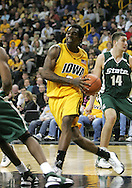 04 JANUARY 2007: Iowa forward Tyler Smith (34) drives to the basket in Iowa's 62-60 win over Michigan State at Carver-Hawkeye Arena in Iowa City, Iowa on January 4, 2007.