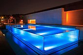 Modern Pool 1133