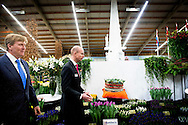 4-3-2015 - BREEZAND de Koning Willem Alexander  verricht woensdagmiddag 4 maart de opening van de 35e Lentetuin Breezand. Ruim veertig kwekers uit de kop van Noord-Holland tonen ieder jaar in deze bolbloemenshow een variëteit aan onder meer tulpen, narcissen, krokussen en hyacinten. Naast de bloemenshow is er een Voorjaarsbeurs Expo en Agri vakbeurs. COPYRIGHT ROBIN UTRECHT 4-3-2015 - BREEZAND King Willem Alexander conducted Wednesday 4 March, the opening of the 35th Spring Garden Breezand. Over forty growers from the head of North Holland show every year in this show a variety of bulbs include tulips, daffodils, crocuses and hyacinths. In addition to the flower show, there is a Spring Fair and Agri Expo trade show. COPYRIGHT ROBIN UTRECHT
