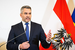 15.01.2020, Bundeskanzleramt, Wien, AUT, Bundesregierung, Pressefoyer nach Sitzung des Ministerrats, im Bild Karl Nehammer (OeVP)// during media briefing after cabinet meeting at the federal chancellery in Vienna, Austria on 2020/01/15. EXPA Pictures © 2020, PhotoCredit: EXPA/ Florian Schroetter