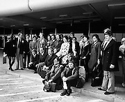 Abbey actors leave for a tour of Finland and the USSR. Well-known faces include John Kavanagh and Eamon Morrissey.<br />