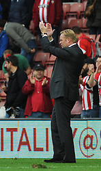 Southampton Manager, Ronald Koeman applauds the southampton fans - Photo mandatory by-line: Dougie Allward/JMP - Mobile: 07966 386802 - 25/10/2014 - SPORT - Football - Southampton - ST Mary's Stadium - Southampton v Stoke - Barclays Premier League