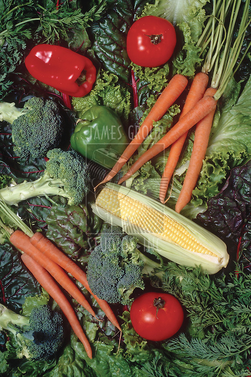 red peppers, broccoli, carrots, leafy greens