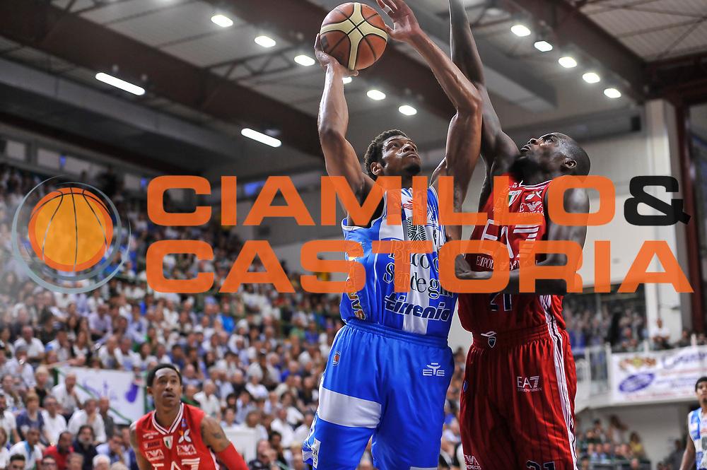 DESCRIZIONE : Campionato 2014/15 Dinamo Banco di Sardegna Sassari - Olimpia EA7 Emporio Armani Milano Playoff Semifinale Gara6<br /> GIOCATORE : Jeff Brooks<br /> CATEGORIA : Tiro Penetrazione<br /> SQUADRA : Dinamo Banco di Sardegna Sassari<br /> EVENTO : LegaBasket Serie A Beko 2014/2015 Playoff Semifinale Gara6<br /> GARA : Dinamo Banco di Sardegna Sassari - Olimpia EA7 Emporio Armani Milano Gara6<br /> DATA : 08/06/2015<br /> SPORT : Pallacanestro <br /> AUTORE : Agenzia Ciamillo-Castoria/L.Canu
