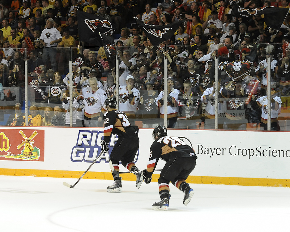 The Calgary Hitmen celebrate a goal in Game 6 of the 2010 MasterCard Memorial Cup in Brandon, MB on Wednesday May 19, 2010. Photo by Aaron Bell/CHL Images