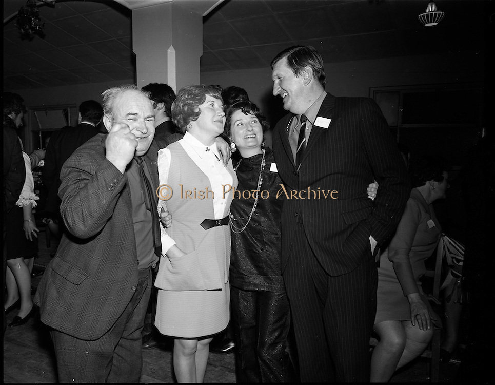 20/04/1970<br /> 04/20/1970<br /> 20 April 1970<br /> Tynagh Mines Dinner Dance at Loughrea, Co. Galway. Paddy Donohue; Mrs Michael Kelly; Mrs Dave Fitzgerald and Dave Fitzgerald.