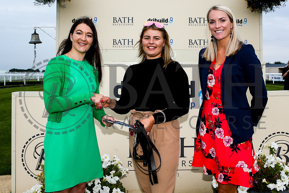 Best groomed race 6 - Mandatory by-line: Robbie Stephenson/JMP - 27/08/2019 - PR - Bath Racecourse - Bath, England - Race Meeting at Bath Racecourse