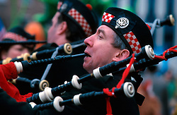 IRELAND DUBLIN 17MAR00 - Bagpipers get ready for the march on St. Stephen's Green in Dublin prior to the St. Patrick's Day celebrations...jre/Photo by Jiri Rezac..© Jiri Rezac 2000..Contact: +44 (0) 7050 110 417.Mobile:  +44 (0) 7801 337 683.Office:  +44 (0) 20 8968 9635..Email:   jiri@jirirezac.com.Web:     www.jirirezac.com..© All images Jiri Rezac 2000 - All rights reserved.