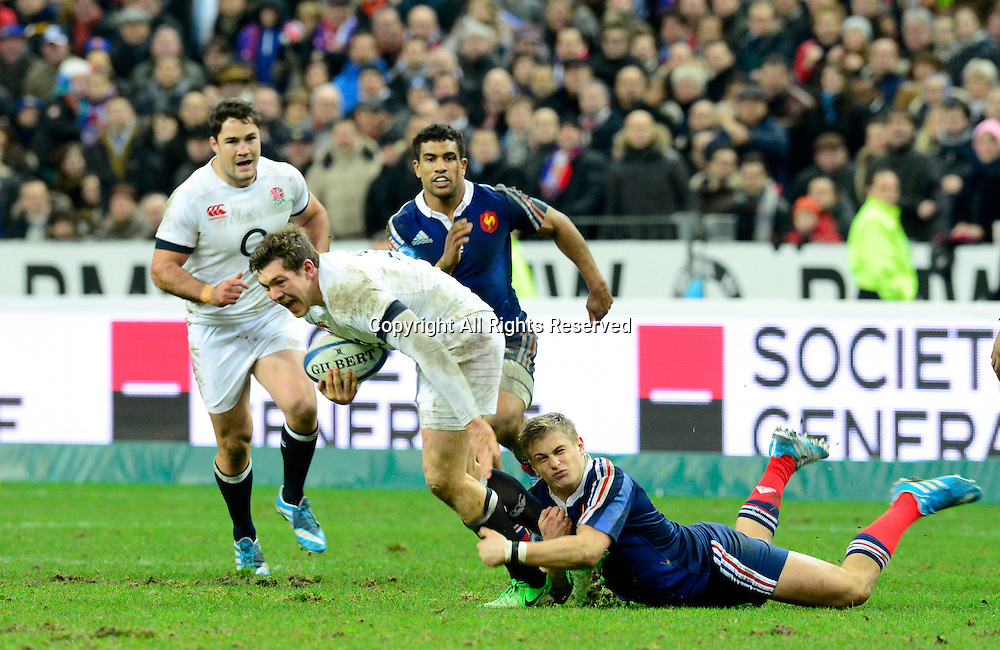 01.02.2014. Stade de France, Paris, France. 6 Nations International Rugby Union. France versus England. Owen Farrell( Eng ) tackled by Jules Plisson ( France )