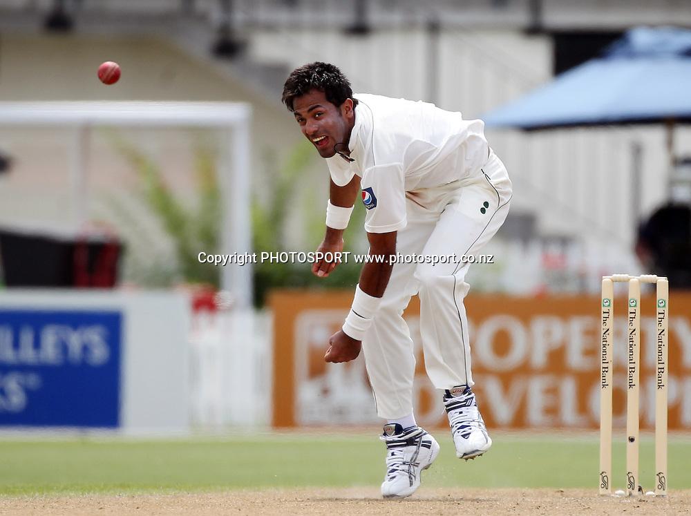Pakistan bowler Wahab Riaz. New Zealand Black Caps v Pakistan, Test Match Cricket. Day 1 at Seddon Park, Hamilton, New Zealand. Friday 7 January 2011. Photo: Andrew Cornaga/photosport.co.nz