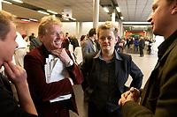 29 NOV 2003, DRESDEN/GERMANY:<br /> Daniel-Cohn Bendit (L), MdEP, B90/Gruene, und Renate Kuenast (R), B90/Gruene, Bundesverbraucherschutzministerin, im Gespraech mit Journalisten, 22. Ordentliche Bundesdelegiertenkonferenz Buendnis 90 / Die Gruenen, Messe Dresden<br /> IMAGE: 20031129-01-065<br /> KEYWORDS: Bündnis 90 / Die Grünen, BDK, Gespräch, Renate Künast, Journalist<br /> Parteitag, party congress, Bundesparteitag