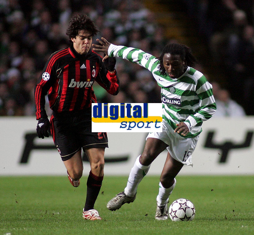 Photo: Paul Thomas.<br /> Glasgow Celtic v AC Milan. UEFA Champions League. Last 16, 1st Leg. 20/02/2007.<br /> <br /> Evander Sno (R) fends off Kaka of Milan.