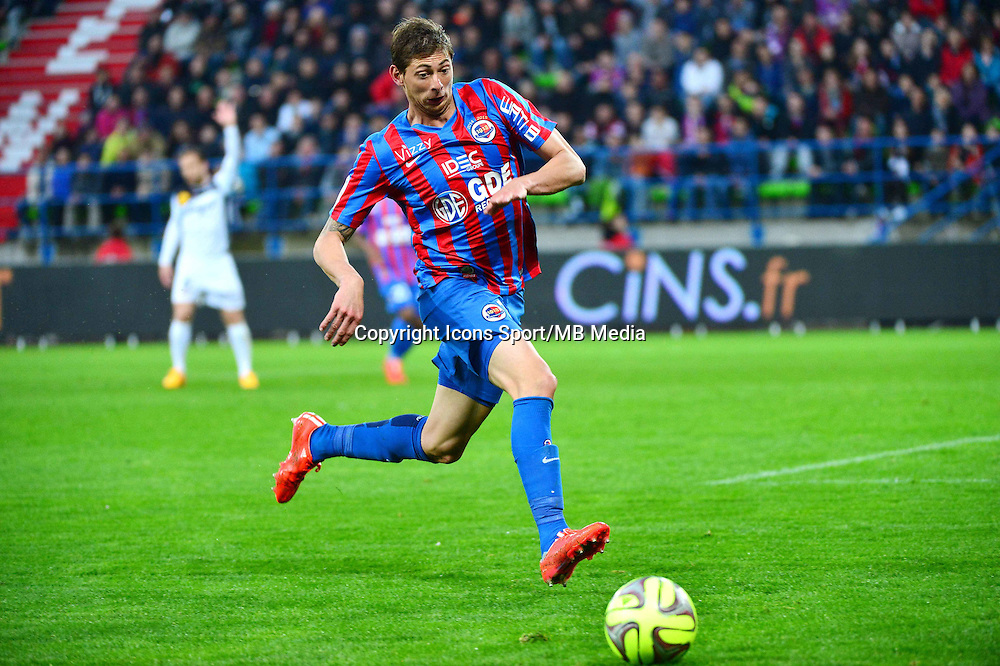 Emiliano SALA - 25.04.2015 - Caen / Guingamp - 34eme journee de Ligue 1<br /> Photo : David Winter / Icon Sport