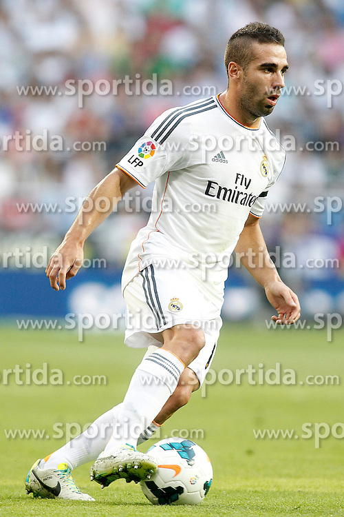22.09.2013, Estadio Santiago Bernabeu, Madrid, ESP, Primera Division, Real Madrid vs FC Getafe, 5. Runde, im Bild Real Madrid's Daniel Carvajal // during the Spanish Primera Division 5th round match between Real Madrid CF and Getafe FC at the Estadio Santiago Bernabeu, Madrid, Spain on 2013/09/22. EXPA Pictures &copy; 2013, PhotoCredit: EXPA/ Alterphotos/ Acero<br /> <br /> ***** ATTENTION - OUT OF ESP and SUI *****