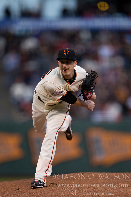 SAN FRANCISCO, CA - MAY 20:  Tim Lincecum #55 of the San Francisco Giants pitches against the Los Angeles Dodgers during the first inning at AT&T Park on May 20, 2015 in San Francisco, California.  The San Francisco Giants defeated the Los Angeles Dodgers 4-0. (Photo by Jason O. Watson/Getty Images) *** Local Caption *** Tim Lincecum