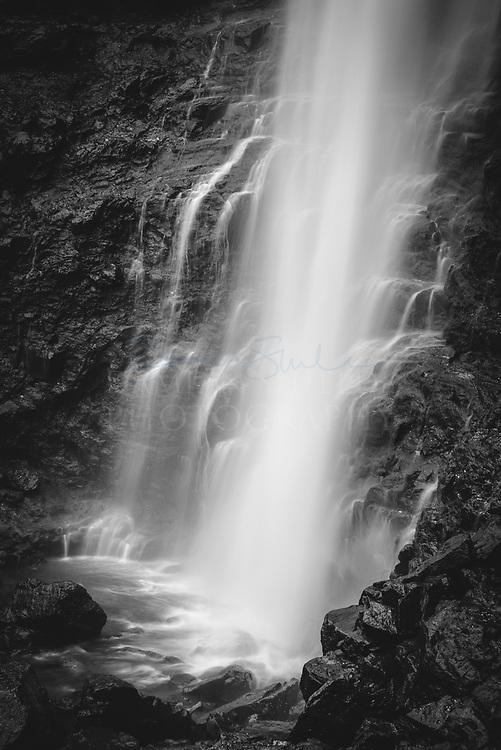 Fossa waterfall detail, Faroe Islands