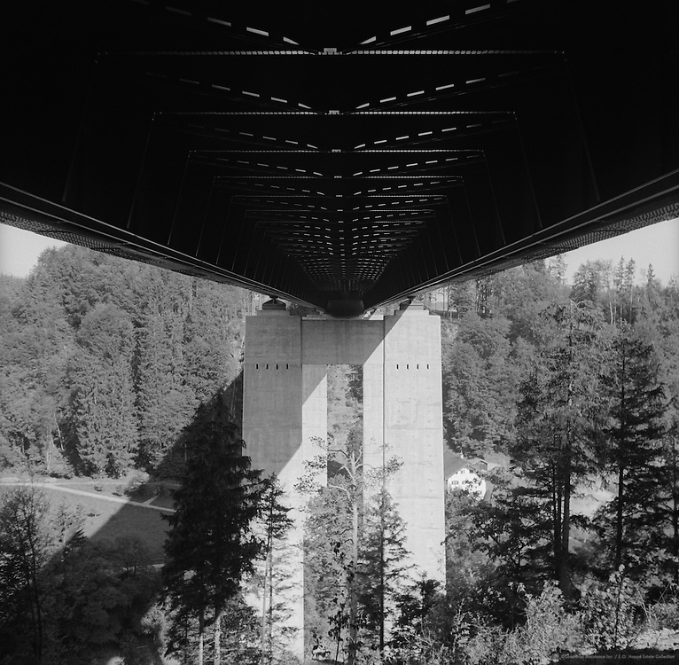 Reinforced bridge across the Mangfall River, Germany, 1936