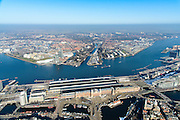 Nederland, Noord-Holland, Amsterdam, 28-10-2016; winters stadsgezicht, Open Haven Front met Centraal Station op stationseiland en IJ-oevers. Zicht op Overhoeks met Eye filmmuseum en Amsterdam-Noord.<br /> View on the IJ (water) Central Station and urban renewal in Amsterdam North, Eye Filmmuseum.<br /> luchtfoto (toeslag op standard tarieven);<br /> aerial photo (additional fee required);<br /> copyright foto/photo Siebe Swart