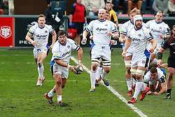 Horacio Agulla releases the ball for Bath. Stade Toulousain v Bath, European Champions Cup 2015, Stade Ernest Wallon, Toulouse, France, 18th Jan 2015.