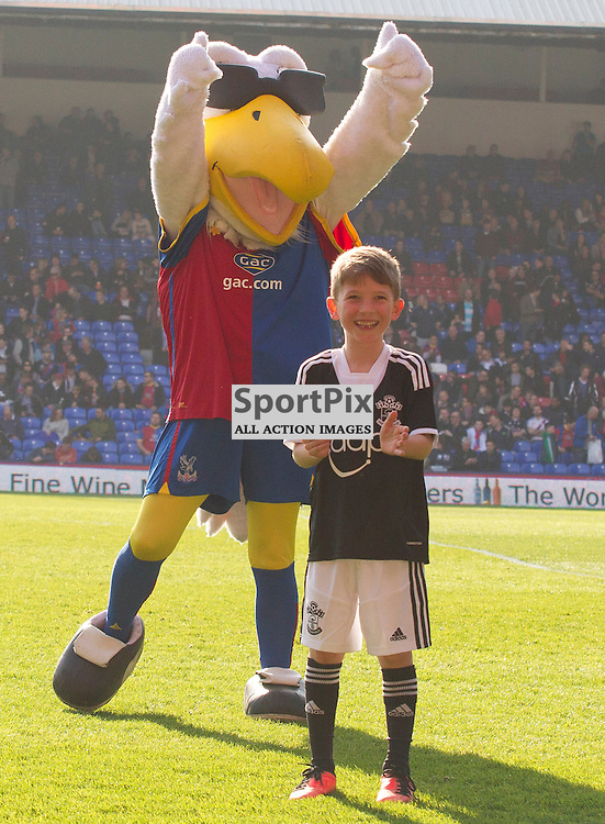 Alice the Eagle with Saints MascotJake Niziolek Crystal Palace v Southampton Premiership  Premiership 8/3/2014 (c) Steve Ball|/Sportpix.org.uk(c) Steve Ball| SportPix.org.uk