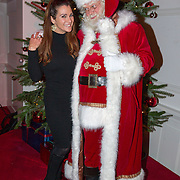 NLD/Hilversum/20151207- Sky Radio's Christmas Tree for Charity, Quinty Trustfull en de kerstman
