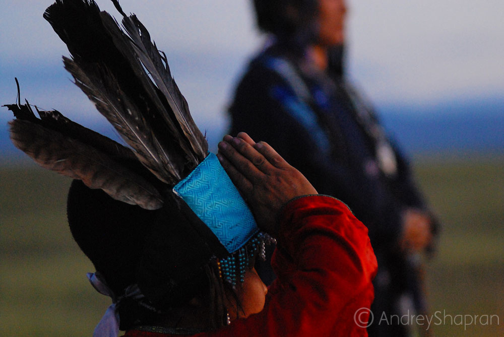 Shaman of Tuva (Russia). Morning talk to spirits.