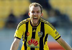 Wellington-Football, A-League, Phoenix v Brisbane Roar