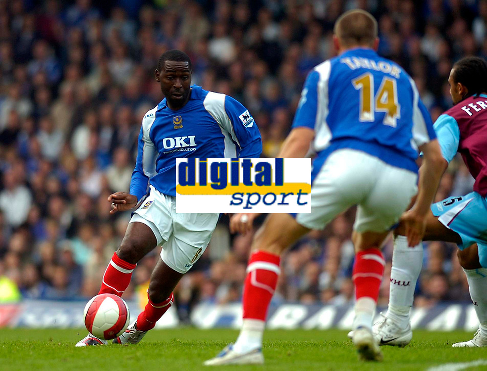 Photo: Alan Crowhurst.<br />Portsmouth v West Ham United. The Barclays Premiership. 14/10/2006. Andy Cole on the attack for Portsmouth.
