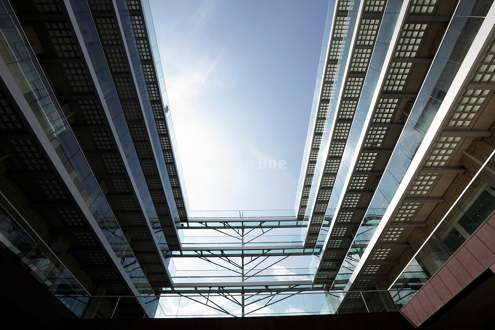 modern design housing with large open court and glass balustrade Amsterdam Netherlands, Van Baerlestraat