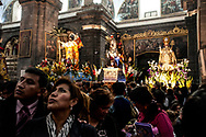 Feast of Corpus Christi. During the week, the cathedral is open to admire the saints of sixteen historic churches of Cuzco them together