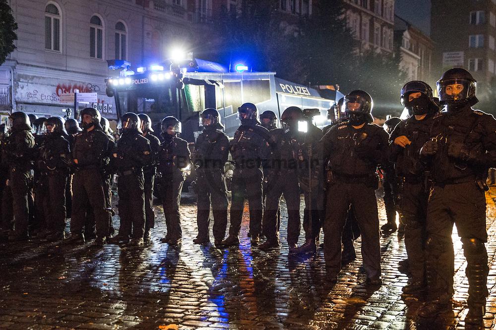 Hamburg, Germany - 08.07.2017<br /> <br /> Police forces clear with water cannons and police tanks parts of the Schanzenviertel. No G20 protests in Hamburg.<br /> <br /> Polizeikraefte raeumen mit Wasserwerfern und Raeumpanzern Teile des Schanzenviertels. Anti G20 Proteste in Hamburg.<br /> <br /> Photo: Bjoern Kietzmann