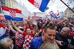 ZAGREB, July 15, 2018  Fans of Croatia gather at Ban Josip Jelacic Square to watch the 2018 FIFA World Cup final match between Croatia and France in Zagreb, Croatia, on July 15, 2018. (Credit Image: © Filip Kos/Pixsell/Xinhua via ZUMA Wire)