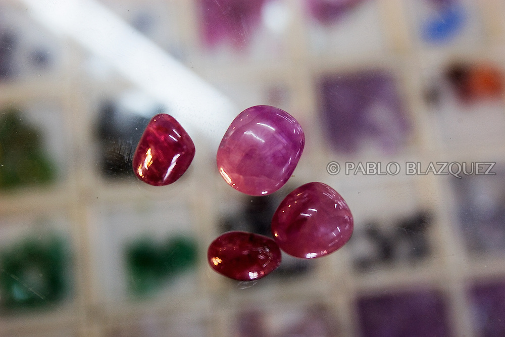 Rubies are on display at a shop on November 22 of 2006 in Mae Sot, Thailand. Mae Sot is well known by its trade of rubies, jade and gems comming form Burma. They are widely sold in the shops but also in the black market..Burma has since 1962 been ruled by dictator Burman Regimes. Pro democrats and minority ethnics have since been object of human rights abuses and armed minority groups has appeared bringing a state of Civil War..This situation makes every days people to flee their villages to go to Thailand.