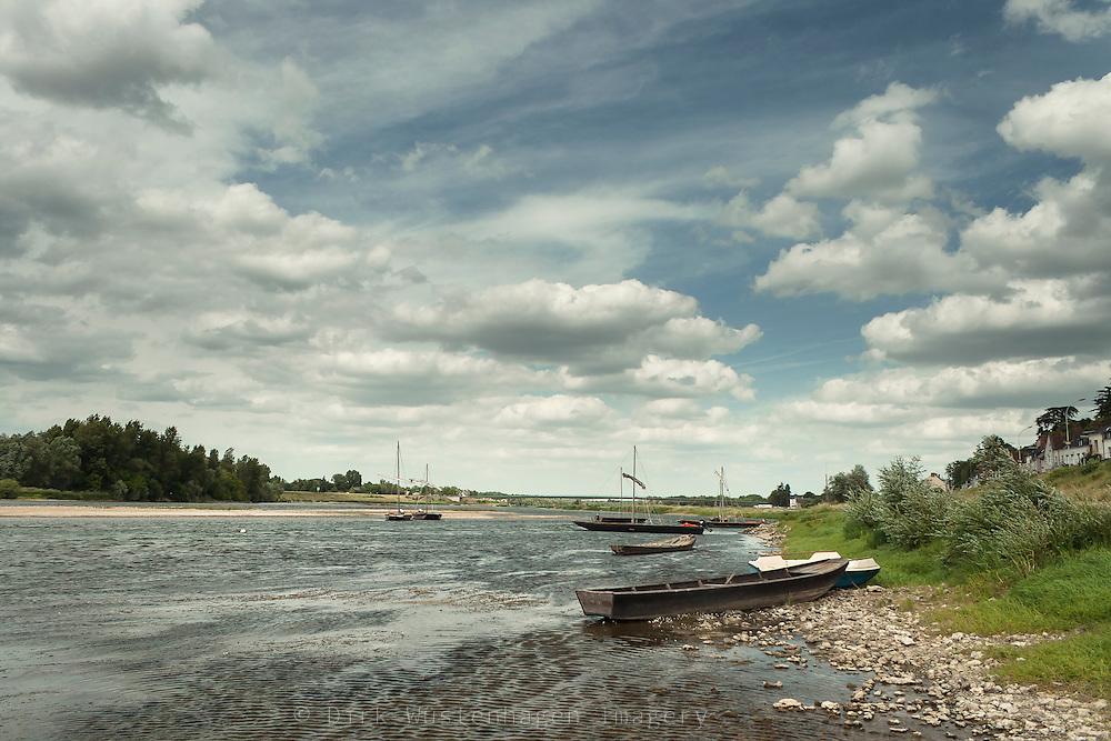 Boote an Ufer der Loire, Chaumont-sur-Loire, Frankreich