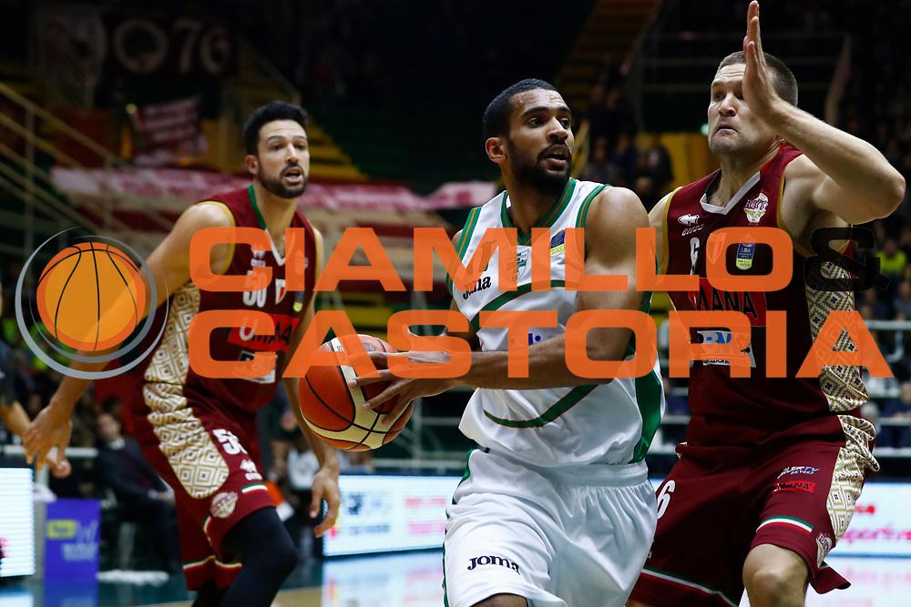 Thomas Scrubb<br /> Sidigas Scandone Avellino - Umana Reyer Venezia<br /> Lega Basket Serie A 2017/2018<br /> Avellino, 02/12/2017<br /> Foto Alfredo De Lise / Ciamillo - Castoria