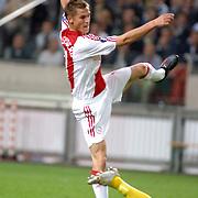 NLD/Amsterdam/20060928 - Voetbal, Uefa Cup voorronde 2006, Ajax - IK Start, Markus Rosenberg schiet zijn 2e doelpunt