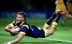 Michael Dowsett of Worcester Warriors scores a try - Mandatory by-line: Robbie Stephenson/JMP - 04/11/2016 - RUGBY - Sixways Stadium - Worcester, England - Worcester Warriors v Bristol Rugby - Anglo Welsh Cup