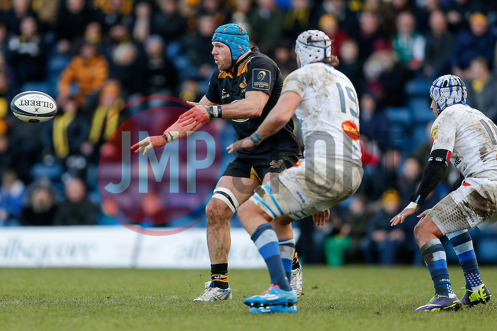 Wasps Flanker James Haskell (capt) passes - Photo mandatory by-line: Rogan Thomson/JMP - 07966 386802 - 14/12/2014 - SPORT - RUGBY UNION - High Wycombe, England - Adams Park Stadium - Wasps v Castres Olympique - European Rugby Champions Cup Pool 2.