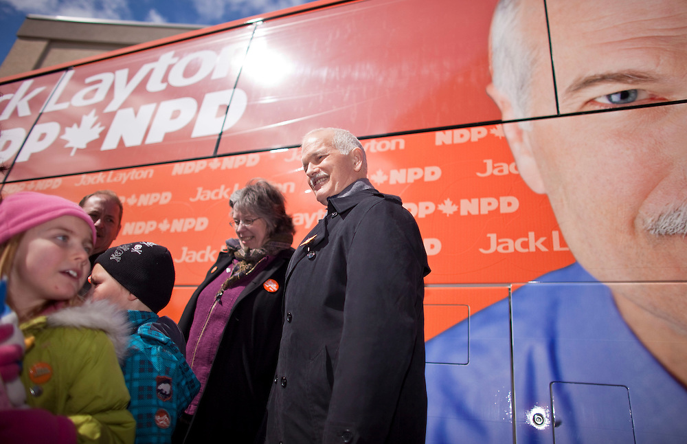 NDP leader Jack Layton greets young supporters during a campaign stop in Kitchener, Ontario, March 29, 2011. Canadians will be heading to the polls May 2.<br /> AFP/GEOFF ROBINS/STR