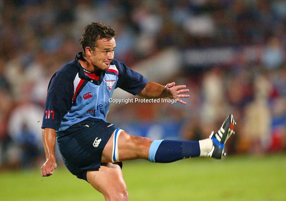 28 February, 2004. Securicor Loftus, Pretoria, South Africa. Rugby Union Super 12. Bulls vs Hurricanes.  <br /> Derick Hougaard.<br /> The Bulls won the match,  40-19.<br /> Pic: Photosport